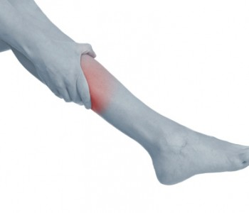 what causes pain in your right leg